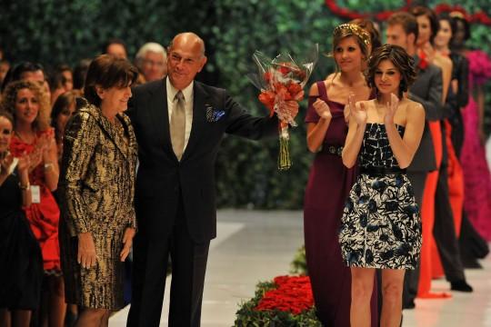 Designer Oscar de la Renta dies at 82