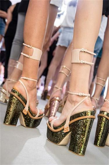 dior-couture-sandals