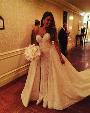 sofia-vergara-wedding-dress-zuhair-murad