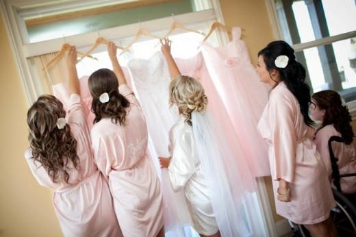 Brautkleider Brautjungfernkleider