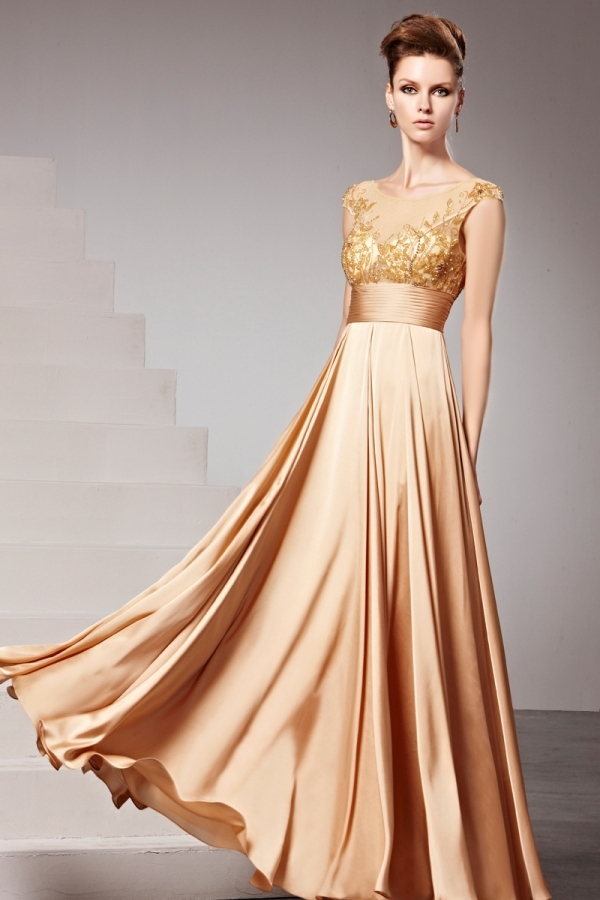 gold elegant lang Abendkledier 2016